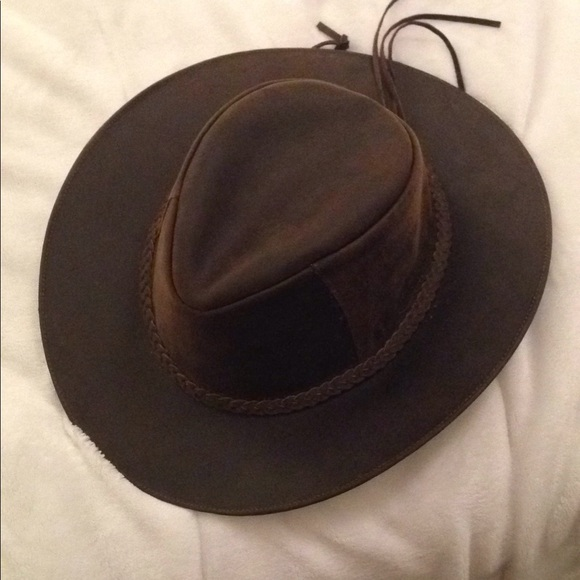 Accessories - 100% leather rancher cowboy hat from Ecuador 0985c6046aa